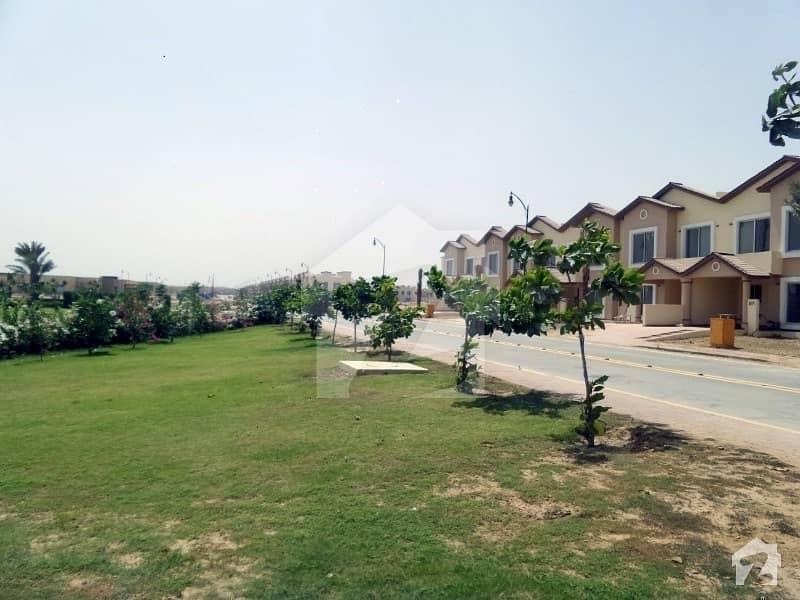 بحریہ ٹاؤن اقبال بلاک بحریہ ٹاؤن سیکٹر ای بحریہ ٹاؤن لاہور میں 3 کمروں کا 6 مرلہ مکان 1.7 کروڑ میں برائے فروخت۔
