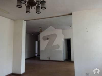 عسکری 1 عسکری لاہور میں 3 کمروں کا 10 مرلہ فلیٹ 1.7 کروڑ میں برائے فروخت۔