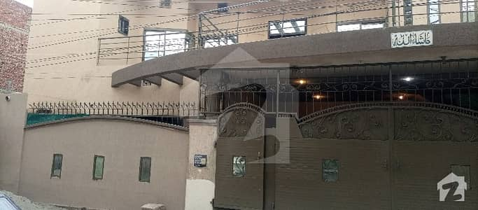 12 Marla 6-bedroom Double Unit House Available For Sale.