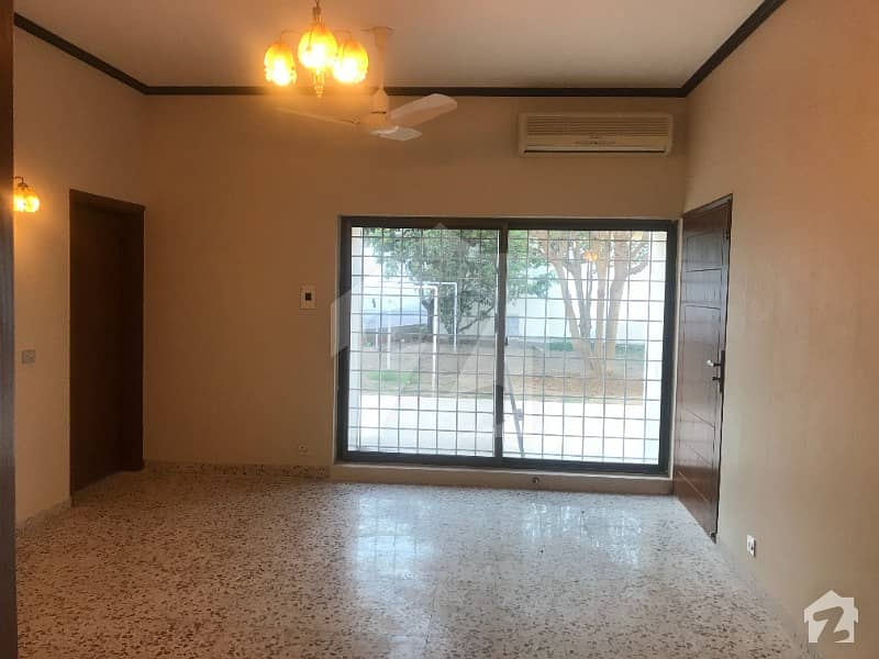 1866 Square Yards Full House Available For Rent At Sector G-6-3 Islamabad