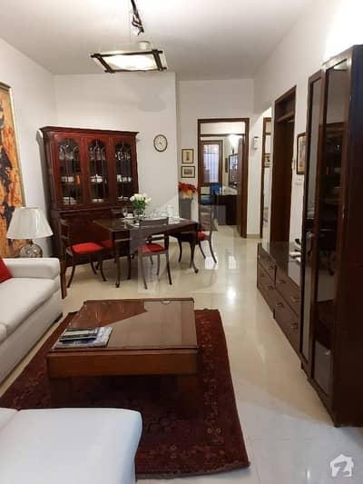 کلفٹن ۔ بلاک 2 کلفٹن کراچی میں 3 کمروں کا 8 مرلہ زیریں پورشن 3.75 کروڑ میں برائے فروخت۔