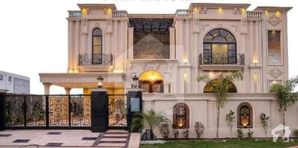 Spanish Most Elegantly Made 1 Kanal Brand New House For Sale