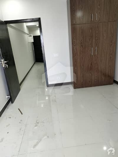 کیپیٹل ریزڈنشیا مرگلہ ہِلز-2 ای ۔ 11 اسلام آباد میں 1 کمرے کا 3 مرلہ فلیٹ 38 ہزار میں کرایہ پر دستیاب ہے۔