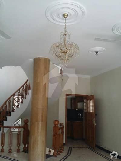 ایف ۔ 11 اسلام آباد میں 4 کمروں کا 1 کنال مکان 9.75 کروڑ میں برائے فروخت۔