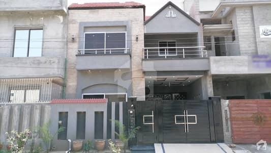 خیابانِ امین ۔ بلاک جی خیابانِ امین لاہور میں 3 کمروں کا 5 مرلہ مکان 1.1 کروڑ میں برائے فروخت۔