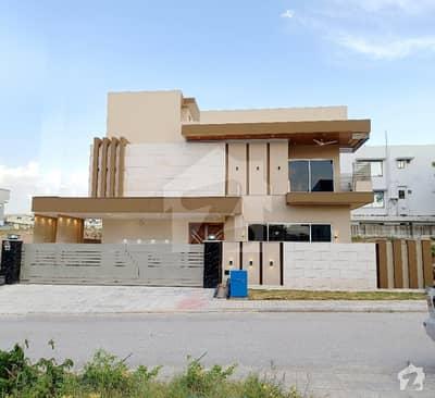 New Luxury Designer House On Prime Location