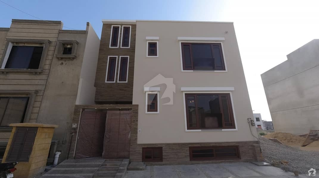 100 Square Yards Bungalow Is Available For Sale