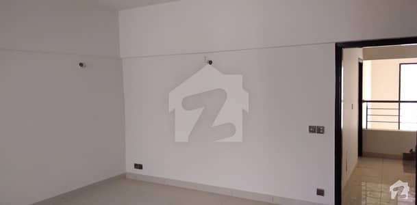سکیم 33 کراچی میں 4 کمروں کا 12 مرلہ فلیٹ 1.9 کروڑ میں برائے فروخت۔