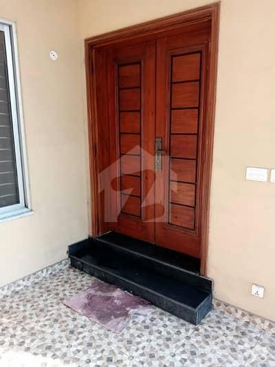 اسٹیٹ لائف فیز 1 - بلاک اے اسٹیٹ لائف ہاؤسنگ فیز 1 اسٹیٹ لائف ہاؤسنگ سوسائٹی لاہور میں 3 کمروں کا 5 مرلہ مکان 1.07 کروڑ میں برائے فروخت۔