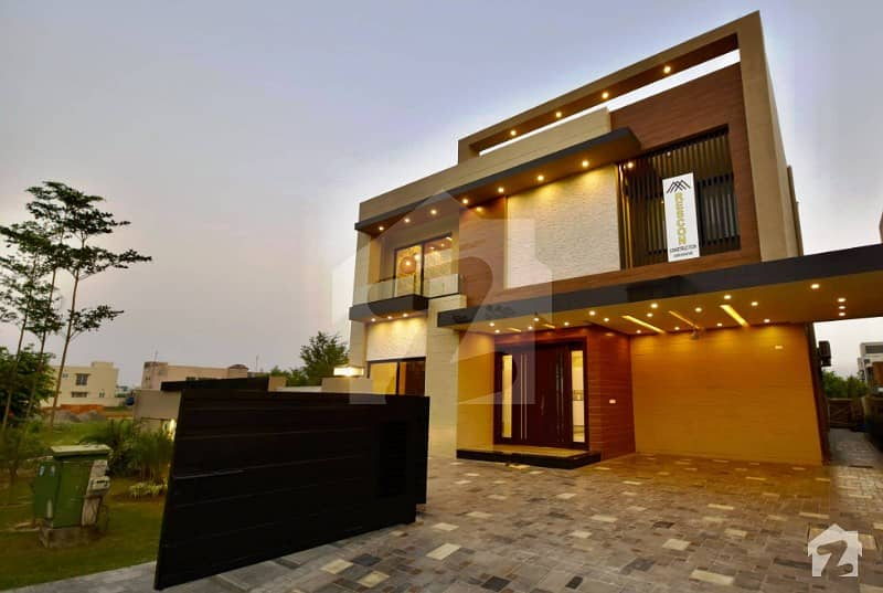 1 Kanal Brand New Designer House On Top Location Of Dha Phase 6