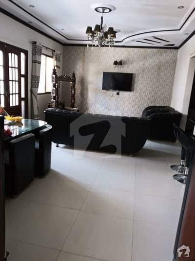 شہید ملت روڈ کراچی میں 3 کمروں کا 8 مرلہ زیریں پورشن 3.3 کروڑ میں برائے فروخت۔