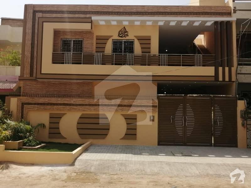 گلشنِ اقبال - بلاک 3 گلشنِ اقبال گلشنِ اقبال ٹاؤن کراچی میں 6 کمروں کا 10 مرلہ مکان 5.5 کروڑ میں برائے فروخت۔