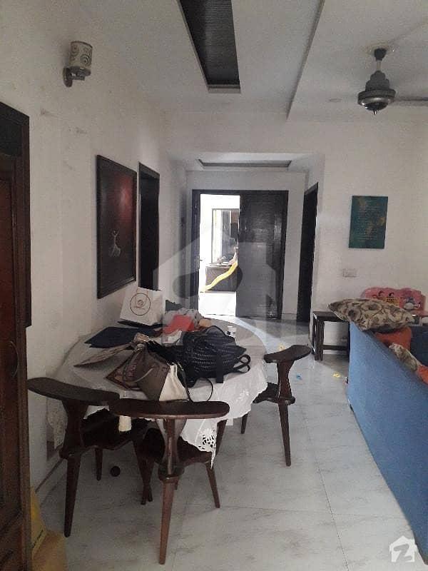 نشیمنِ اقبال فیز 1 نشیمنِ اقبال لاہور میں 3 کمروں کا 1 کنال بالائی پورشن 56 ہزار میں کرایہ پر دستیاب ہے۔