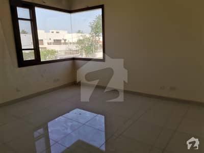 کلفٹن ۔ بلاک 5 کلفٹن کراچی میں 11 کمروں کا 2 کنال مکان 12.5 لاکھ میں کرایہ پر دستیاب ہے۔