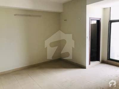 کیپیٹل سکئیر بی ۔ 17 اسلام آباد میں 3 کمروں کا 7 مرلہ فلیٹ 82 لاکھ میں برائے فروخت۔
