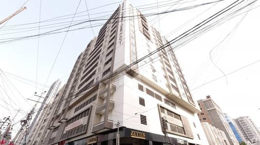 شہید ملت روڈ کراچی میں 3 کمروں کا 9 مرلہ فلیٹ 3.75 کروڑ میں برائے فروخت۔