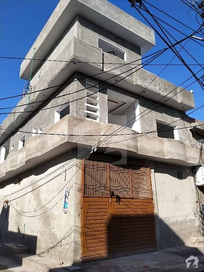 Double Storey Corner House Available For Rent