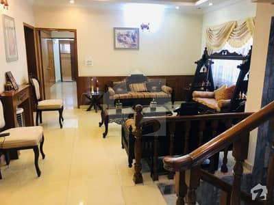 ایف ۔ 10/4 ایف ۔ 10 اسلام آباد میں 5 کمروں کا 1.02 کنال مکان 8.65 کروڑ میں برائے فروخت۔