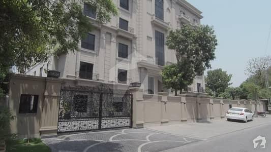 ظہور الہی روڈ گلبرگ لاہور میں 2 کمروں کا 4 مرلہ فلیٹ 1.93 کروڑ میں برائے فروخت۔