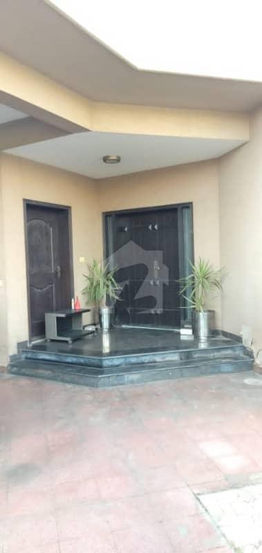 عسکری 10 عسکری لاہور میں 4 کمروں کا 1 کنال مکان 1.15 لاکھ میں کرایہ پر دستیاب ہے۔