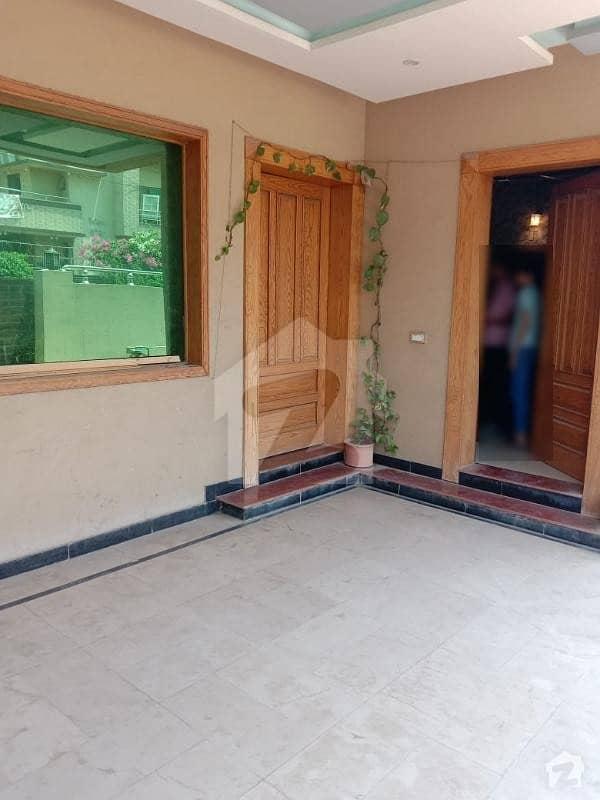 نیشنل پولیس فاؤنڈیشن او ۔ 9 - بلاک بی نیشنل پولیس فاؤنڈیشن او ۔ 9 اسلام آباد میں 7 کمروں کا 1 کنال مکان 3.25 کروڑ میں برائے فروخت۔