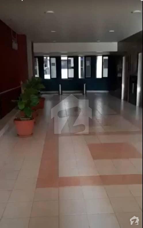 کلفٹن ۔ بلاک 9 کلفٹن کراچی میں 4 کمروں کا 1.06 کنال دفتر 18.05 کروڑ میں برائے فروخت۔