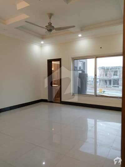 Bahria Town phase 8, brand new tripple story corner and buleward on  8 bed room with attached baths investor rate outstanding location gas etc installed