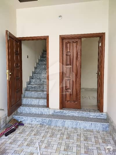 غالب سٹی فیصل آباد میں 3 کمروں کا 4 مرلہ مکان 68 لاکھ میں برائے فروخت۔