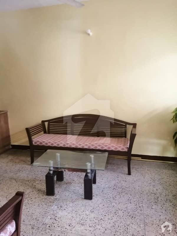 پی آئی بی کالونی کراچی میں 2 کمروں کا 4 مرلہ فلیٹ 40 لاکھ میں برائے فروخت۔