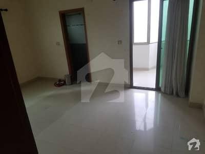 باتھ آئی لینڈ کراچی میں 3 کمروں کا 10 مرلہ فلیٹ 3.2 کروڑ میں برائے فروخت۔