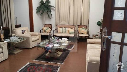 ڈی ایچ اے فیز 7 ڈی ایچ اے کراچی میں 5 کمروں کا 1 کنال مکان 8.9 کروڑ میں برائے فروخت۔