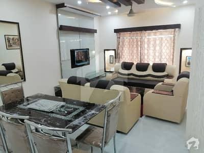 بحریہ ٹاؤن سیکٹرڈی بحریہ ٹاؤن لاہور میں 1 کمرے کا 2 مرلہ کمرہ 10 ہزار میں کرایہ پر دستیاب ہے۔