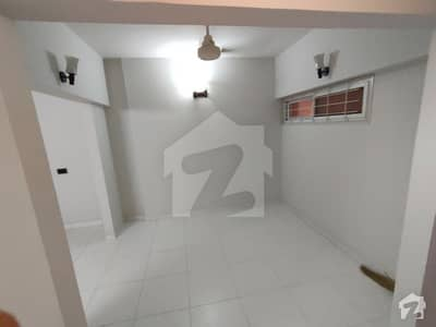کلفٹن ۔ بلاک 4 کلفٹن کراچی میں 2 کمروں کا 5 مرلہ فلیٹ 55 ہزار میں کرایہ پر دستیاب ہے۔
