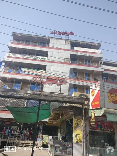 ملتان روڈ لاہور میں 1 کمرے کا 4 مرلہ فلیٹ 55 لاکھ میں برائے فروخت۔