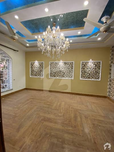 11 Marla Corner House For Rent In Rafi Block Bahria Town Lahore