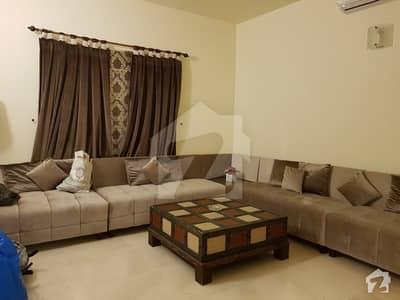 ڈی ایچ اے فیز 6 ڈی ایچ اے کراچی میں 4 کمروں کا 1 کنال مکان 8.9 کروڑ میں برائے فروخت۔