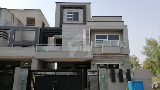 10 Marla Double Storey House For Sale In M2A Lake City Near To Park