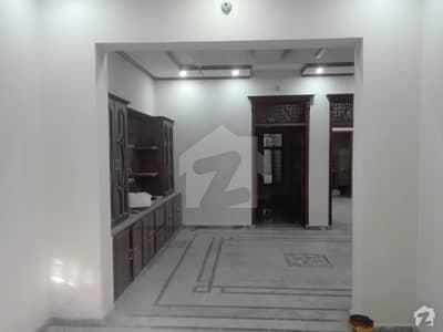 جی ۔ 9 اسلام آباد میں 3 کمروں کا 14 مرلہ بالائی پورشن 70 ہزار میں کرایہ پر دستیاب ہے۔