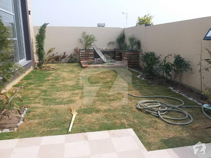 اسٹیٹ لائف ہاؤسنگ فیز 1 اسٹیٹ لائف ہاؤسنگ سوسائٹی لاہور میں 5 کمروں کا 1 کنال مکان 4.55 کروڑ میں برائے فروخت۔
