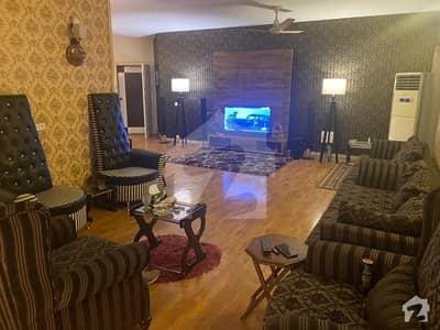 ایف ۔ 10 اسلام آباد میں 3 کمروں کا 10 مرلہ فلیٹ 1.35 لاکھ میں کرایہ پر دستیاب ہے۔