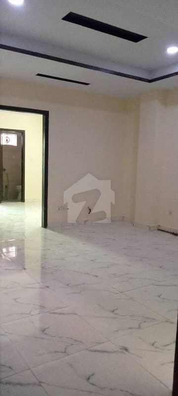 ای ۔ 11 اسلام آباد میں 2 کمروں کا 4 مرلہ فلیٹ 70 لاکھ میں برائے فروخت۔