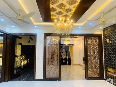 Brand New 10 Marla Luxury House Ideal Location For Sale In Bahria Town Lahore