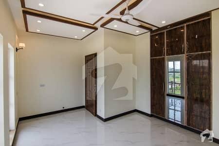 ایڈن سٹی ایڈن لاہور میں 4 کمروں کا 10 مرلہ مکان 1 لاکھ میں کرایہ پر دستیاب ہے۔