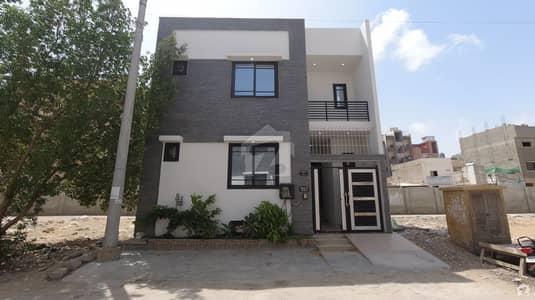ڈی ایچ اے فیز 7 ایکسٹینشن ڈی ایچ اے ڈیفینس کراچی میں 3 کمروں کا 5 مرلہ مکان 4 کروڑ میں برائے فروخت۔