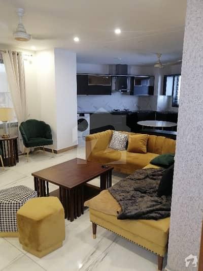 شاہ جمال لاہور میں 3 کمروں کا 6 مرلہ فلیٹ 2.5 کروڑ میں برائے فروخت۔