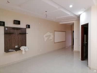 نشیمنِ اقبال فیز 1 نشیمنِ اقبال لاہور میں 5 کمروں کا 10 مرلہ مکان 75 ہزار میں کرایہ پر دستیاب ہے۔