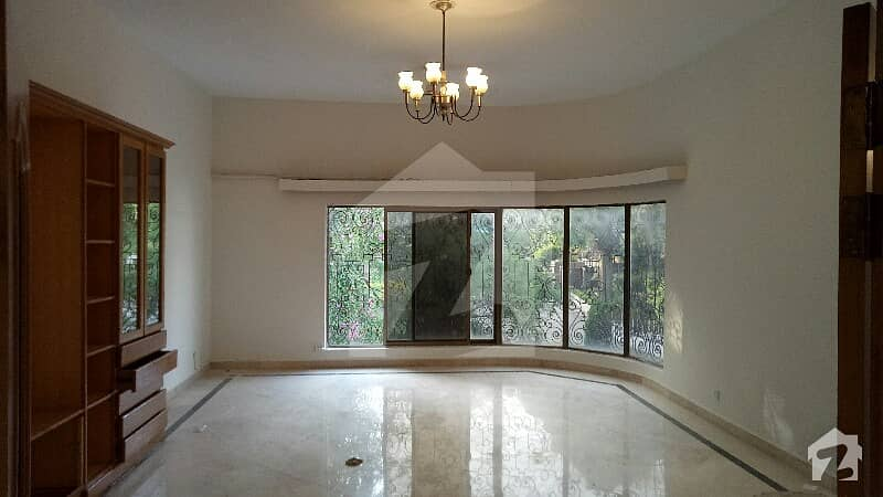 A Graceful 1200 Square Yards house Is Available For Rent In G-6