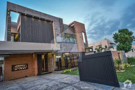 10 Marla Modern Style Spanish Villa Came Near Park In Phase 8