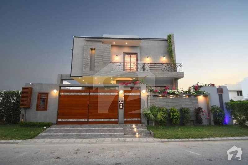 500 Yard Brand New Bungalow For Sale