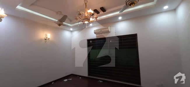 12 Marla House With Basement Near Commercial Market For Rent In Dha Phase 4